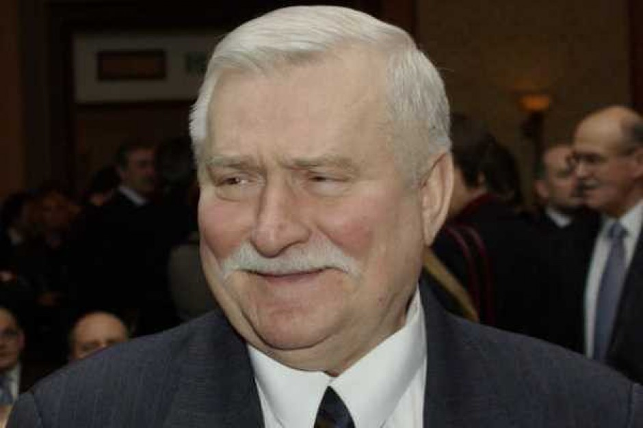 Lech Wałęsa będzie współpracował z siecią Biedronka