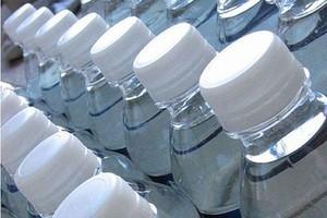 Rynek wody butelkowanej w USA powiększył się o 3,5 proc. w 2010