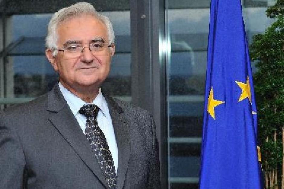 UE żąda od Rosji natychmiastowego zniesienia zakazu importu warzyw i owoców