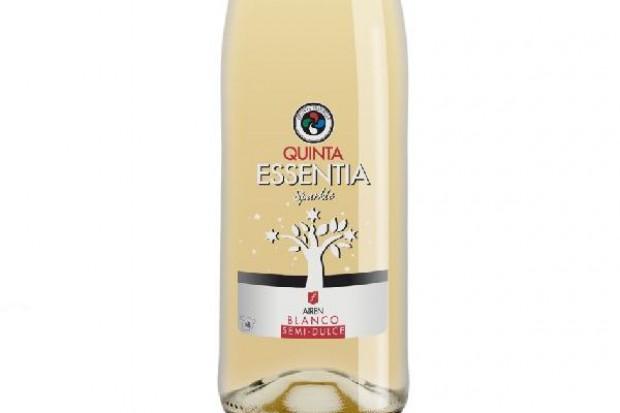 Nowe wino musujące w portfolio marek własnych firmy Janus