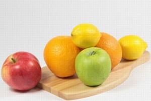 """W tym roku szkolnym z programu """"Owoce w szkole"""" skorzystało 800 tys. dzieci"""
