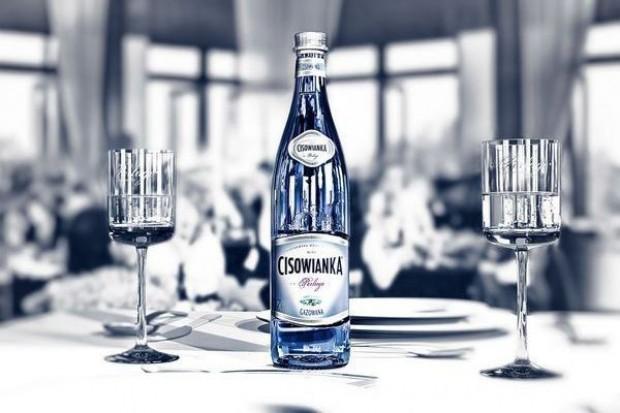 Cisowianka w nowych szklanych butelkach