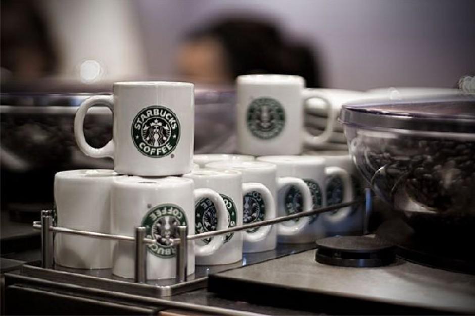 Starbucks znacznie poprawia wyniki