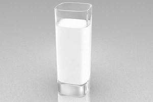 """ARR wydaje decyzje o dopłatach do """"szklanki mleka"""""""