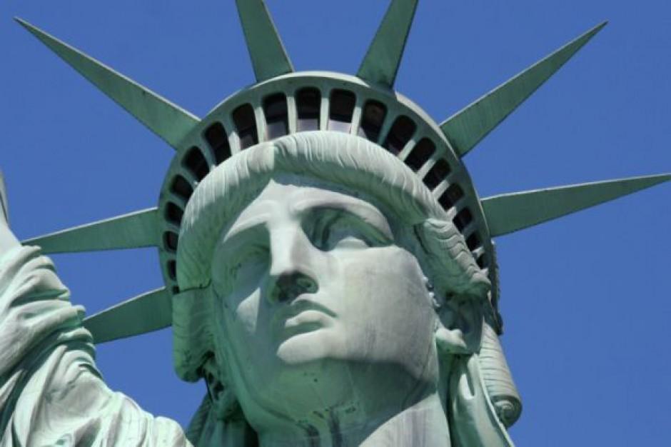 Fitch chwali amerykańską gospodarkę, utrzymuje najwyższy rating