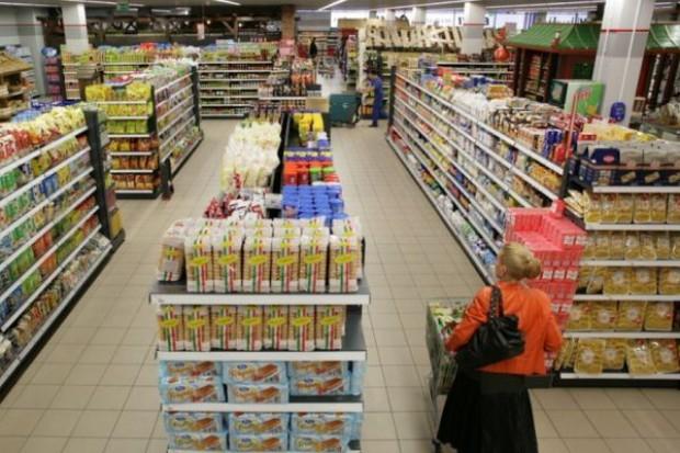 Liczba małych sklepów drastycznie spada