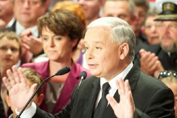 Prezes PiS: Zahamować nieuczciwą konkurencję ze strony hipermarketów!
