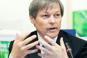 Wywiad z komisarzem UE ds. rolnictwa: Izolacja nie jest sposobem na kryzys