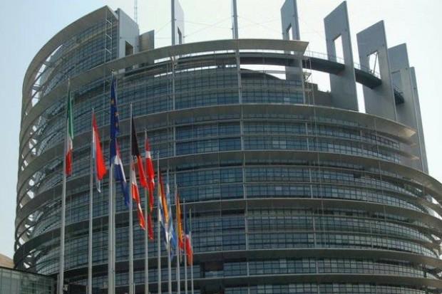Eksperci: coraz wyraźniejszy podział Unii Europejskiej