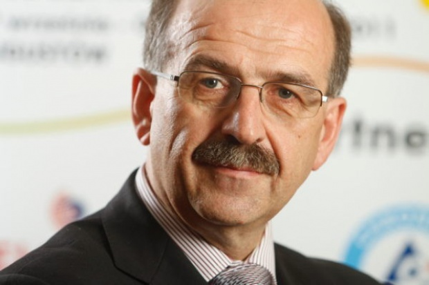 Dyrektor Krones: Mleczarstwo musi skupić się na koncentracji produkcji
