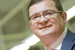 """Prezes Carrefour o przejęciach w Polsce i """"planach"""" wobec sieci Stokrotka"""