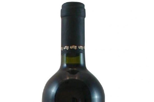 Wino z Hitlerem na etykiecie jako świąteczny prezent