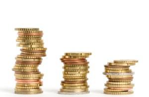 Dwóm trzecim Polaków starcza jedynie na bieżące wydatki