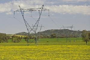 Podwyżki cen prądu u czterech z sześciu sprzedawców od początku 2012 r.