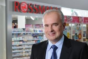 Recesja na rynku kosmetyków? Rossmann przyspiesza z rozwojem marki własnej