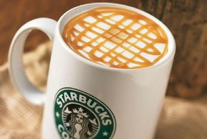 Starbucks wprowadza koncept drive-thru do Europy Śr.-Wsch. Pierwszy lokal tego typu ruszył w Polsce