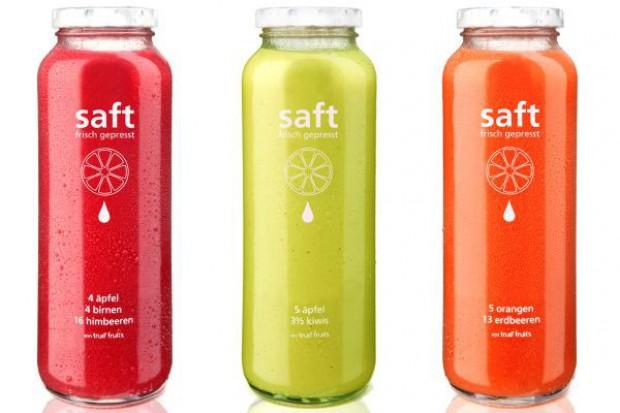 Innowacyjne soki true fruits w szklanych butelkach O-I