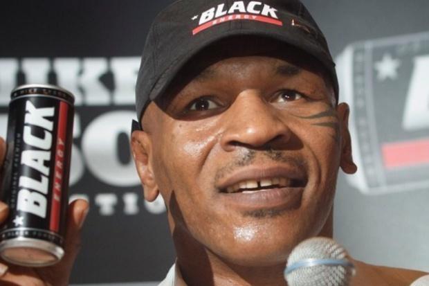 Mike Tyson pomoże FoodCare zwiększyć sprzedaż napoju Black - w Polsce i za granicą (zobacz zdjęcia boksera)