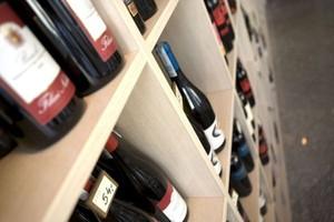 Analitycy: Ambra w dalszym ciągu głównym beneficjentem rosnącego spożycia wina w Polsce