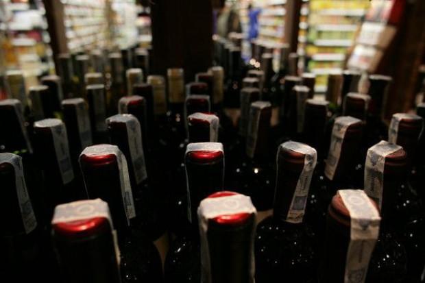 UE chce, by Chiny skuteczniej walczyły z podrabianiem win