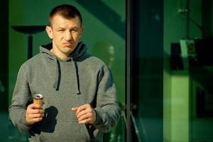 Znany bokser pomoże zwiększyć sprzedaż i eksport napojów Las Vegas Power Energy Drink