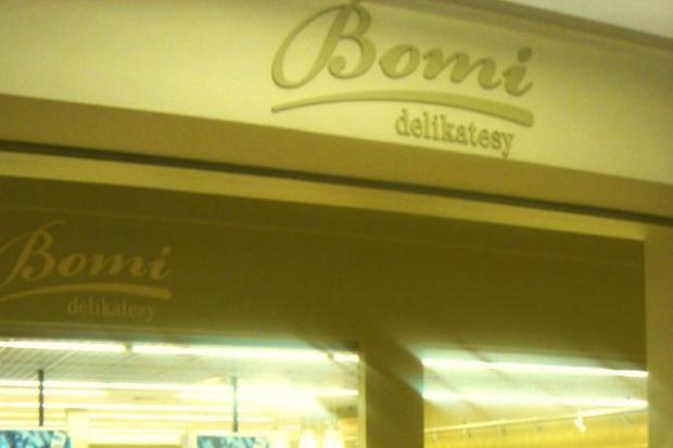 Sklepy Bomi zamykają stoiska, blokują płatności kartą