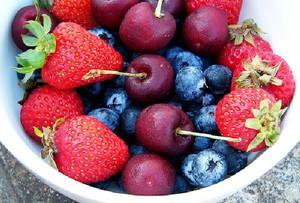 Rosja zwiększa import owoców