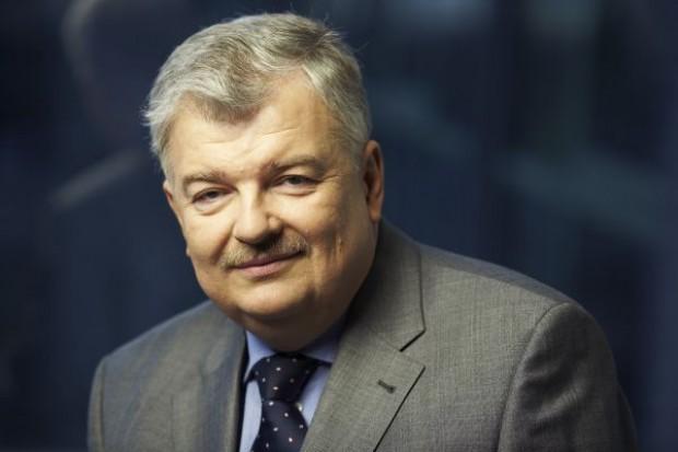 Przeczytaj pełny wywiad z Jackiem Bartkiewiczem, prezesem Banku BGŻ
