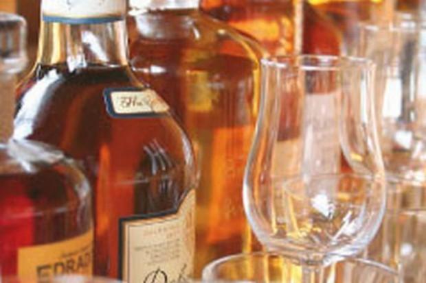 Importowane wódki idą w odstawkę
