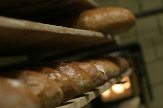 Mniej chleba za pensję