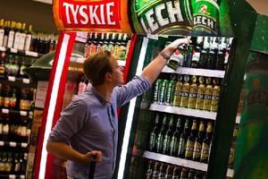 Głównym beneficjentem zwiększonej sprzedaży piwa podczas Euro 2012 zostały sieci handlowe