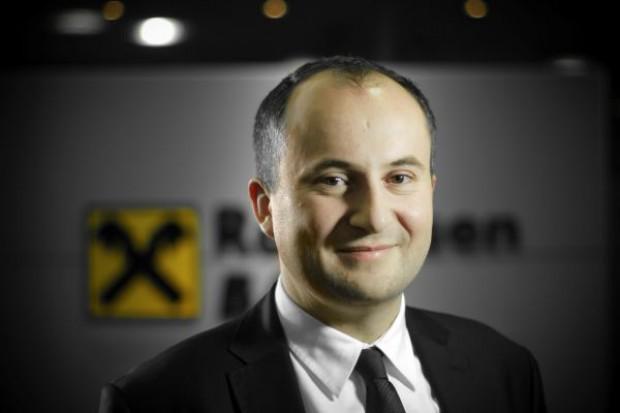 Dyrektor Raiffeisen: Producent musi uzyskać zgodę sieci na korzystanie z faktoringu