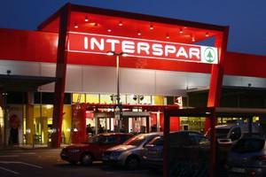 SPAR koncentruje się na supermarketach. Jest w stanie otworzyć hipermarket