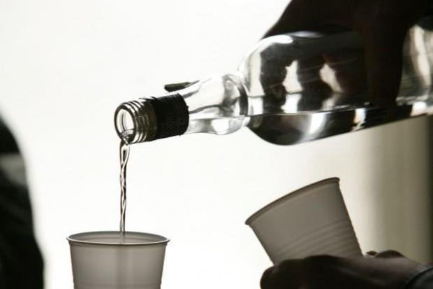 Płyn do spryskiwaczy zamiast wódki?
