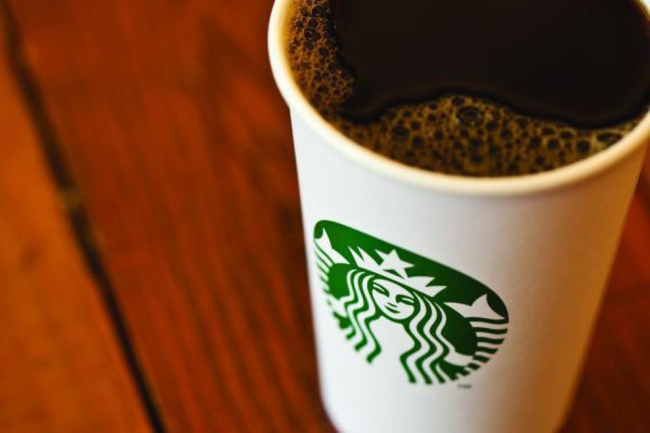 Starbucks wchodzi w vending