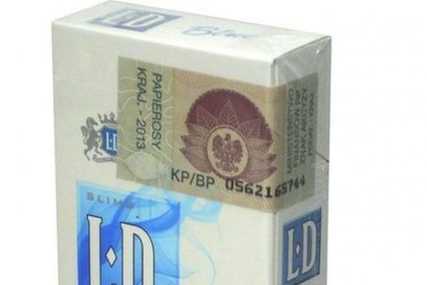 Komisja PE przeciw zakazowi sprzedaży papierosów slim i mentolowych