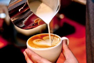 23 proc. VAT na napoje kawowe to uderzenie w rynek kawiarni