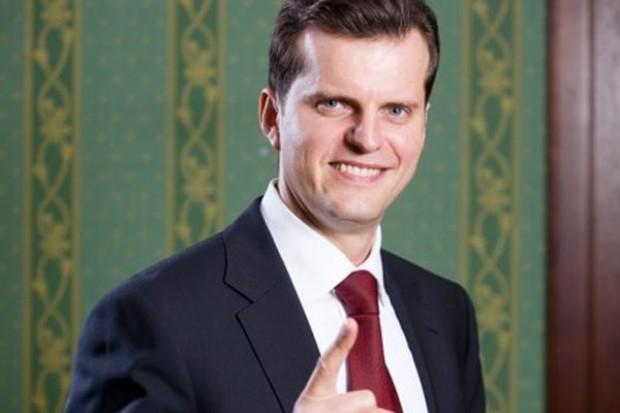 Prezes Żabki: Sieć notuje niemal 18 proc. wzrostu sprzedaży (video)