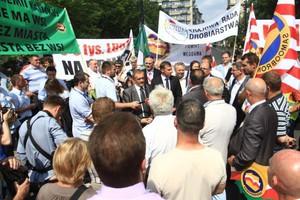 Zwolennicy uboju rytualnego demonstrowali w Warszawie (galeria zdjęć)