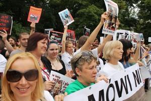 Kilkaset osób protestowało przeciwko ubojowi rytualnemu