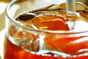 Upały napędzają sprzedaż napojów i wody