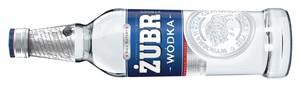 Zdjęcie numer 1 - galeria: Stock zmienia pozycjonowanie wódki Żubr