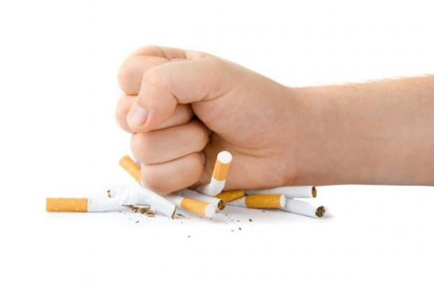 Sondaż: Dyrektywa tytoniowa nie przyniesie oczekiwanych efektów
