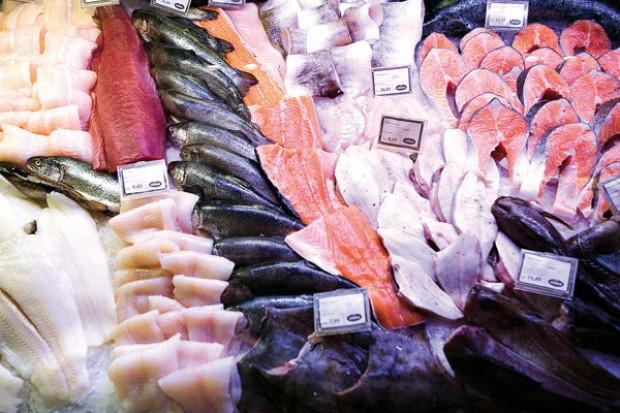 Wiceprezes Polrybu: Ryby przegrywają w sklepie z wyrobami pseudomięsnymi