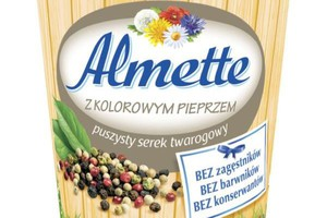 Hochland wprowadza Almette z kolorowym pieprzem