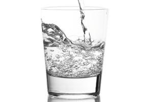 Efekty akcyzy: Papierosy droższe o 1 zł, wódka o prawie 2 zł