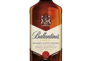 Whisky Ballantine's dostępna w nowej butelce