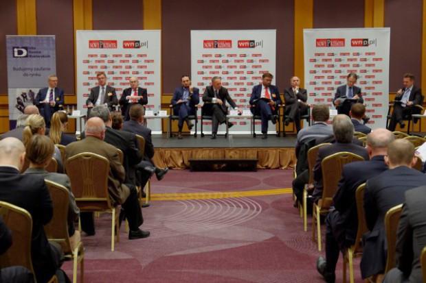 Eksperci: Rynek kapitałowy pełni służebną rolę w gospodarce