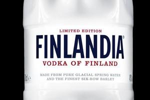 """Wódka Finlandia w """"inteligentnej"""" butelce"""