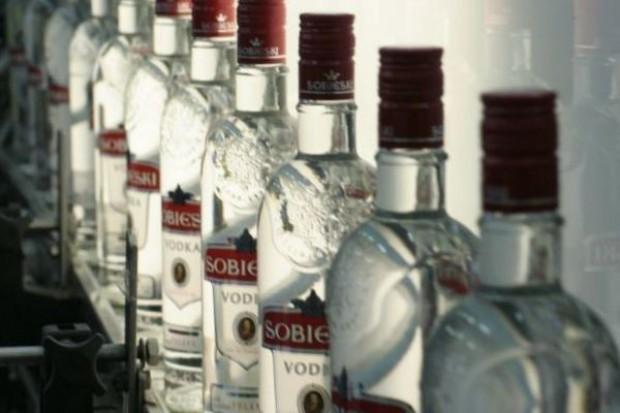 Sprzedaż napojów spirytusowych spadnie w Polsce w 2014 r. o 15 proc.